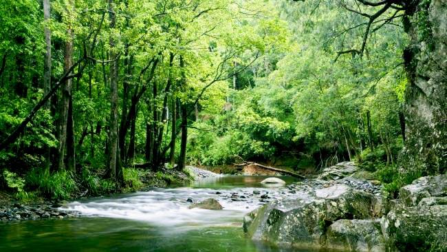 Pristine fresh water river swimming holes, Gleniffer