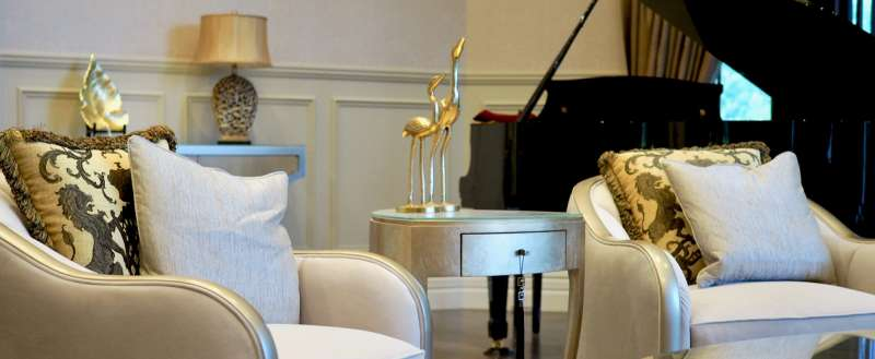 Hermes Estate living room and piano
