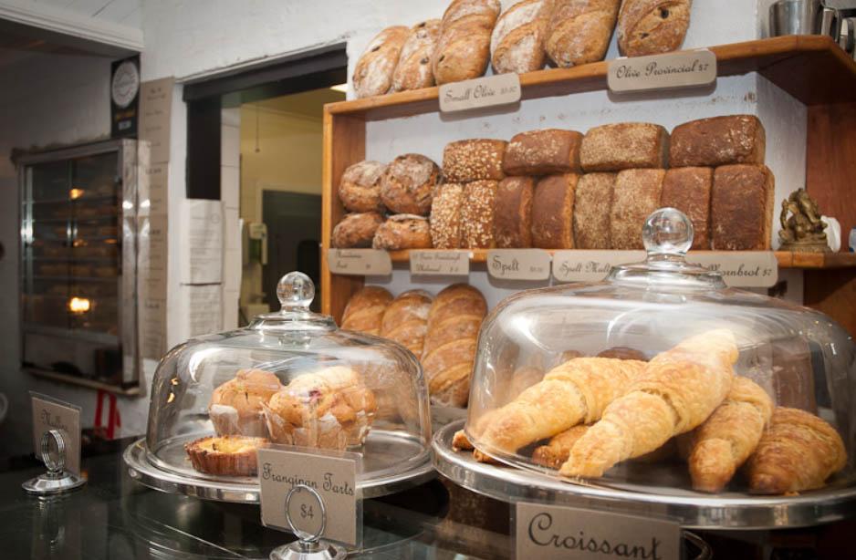 Breakfast in Bellingen, hearthfire cafe.