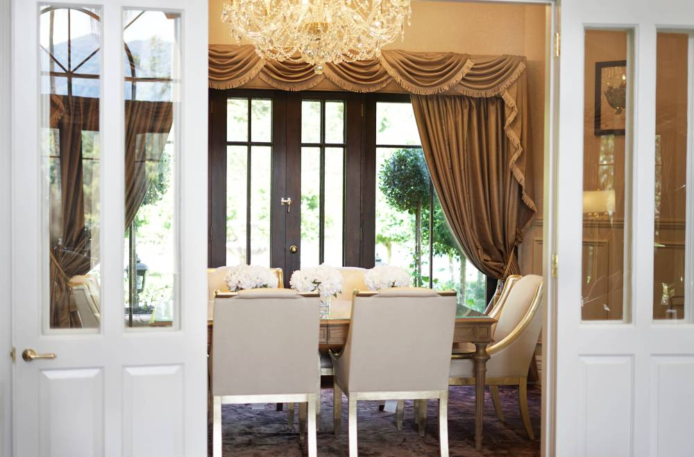Luxury dining area in the Hermes Estate villa