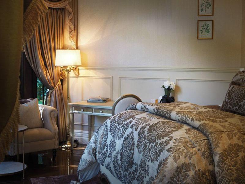 Hermes Estate's sumptous, luxury decor for complete comfort.
