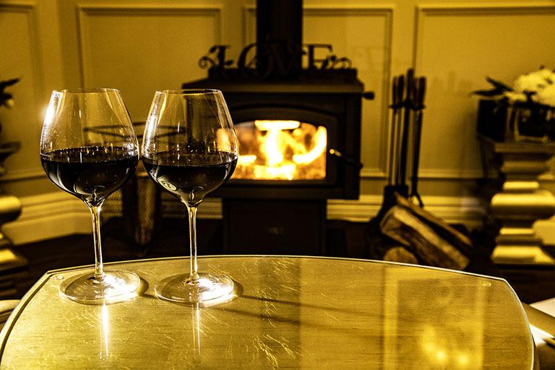 Couples paradise - a romantic fireplace at Hermes Estate